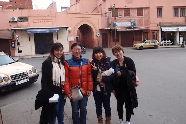 モロッコ、マラケシュでの記念撮影