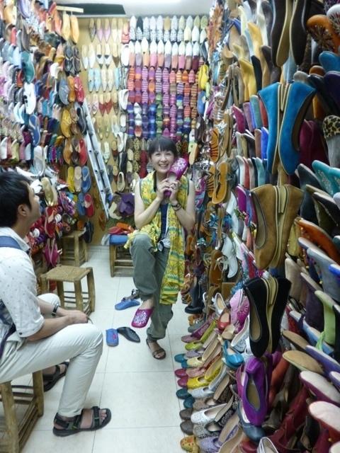 モロッコ、マラケシュでのバブーシュショッピング