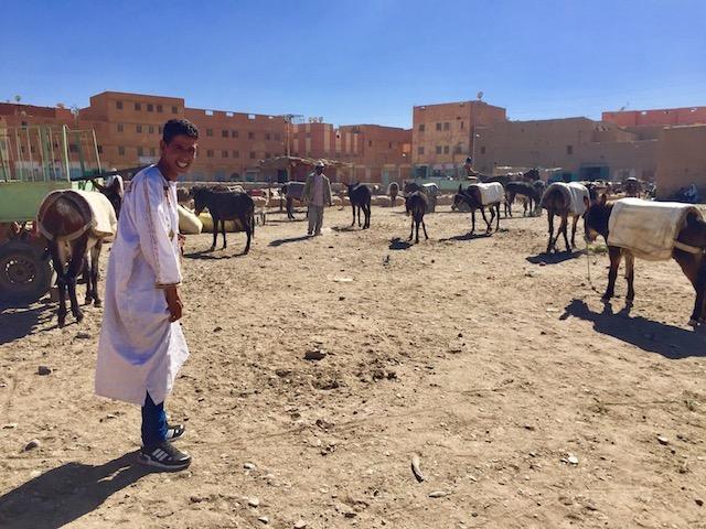 モロッコ、リッサニのスーク