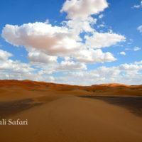モロッコ、サハラ砂漠のメルズーガ